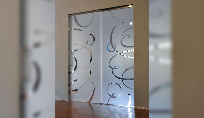 Портални стъклени интериорни врати